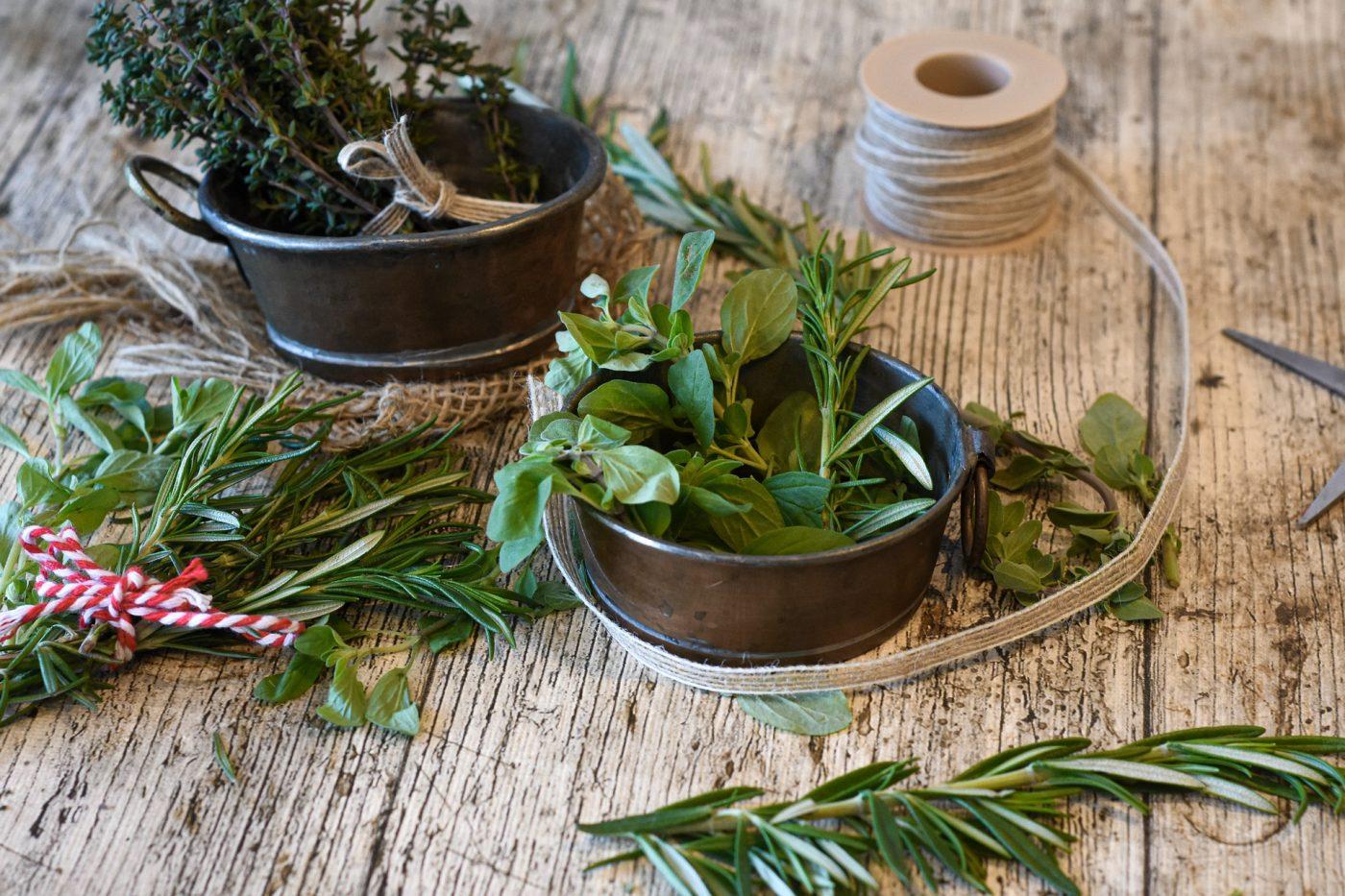 Sapori d'estate tutto l'anno: 3 modi per conservare le erbe aromatiche